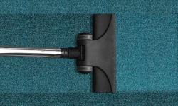 Jak čistit a udržovat koberec?