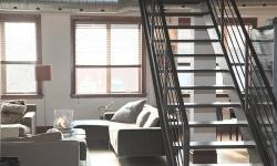 Proč obložit schody vinylem?